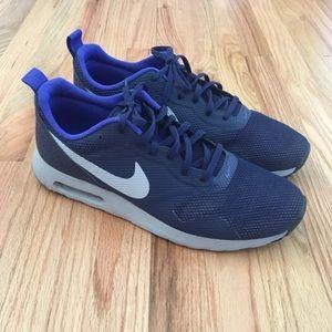 3c450684d816 Men s Nike Tennis Shoes For Tennis on Poshmark